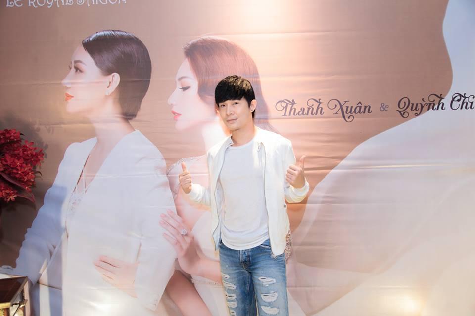 MC Quỳnh Chi diện đầm trắng kín đáo vẫn gợi cảm