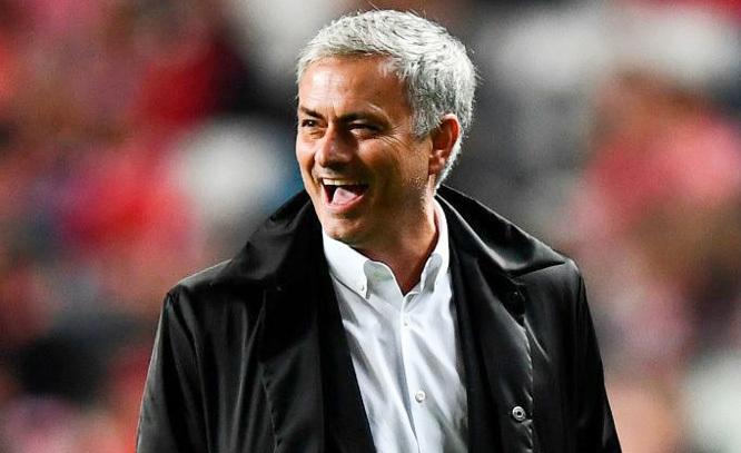 """Mourinho ngạo nghễ: """"Phòng ngự bị xem như là tội ác"""""""