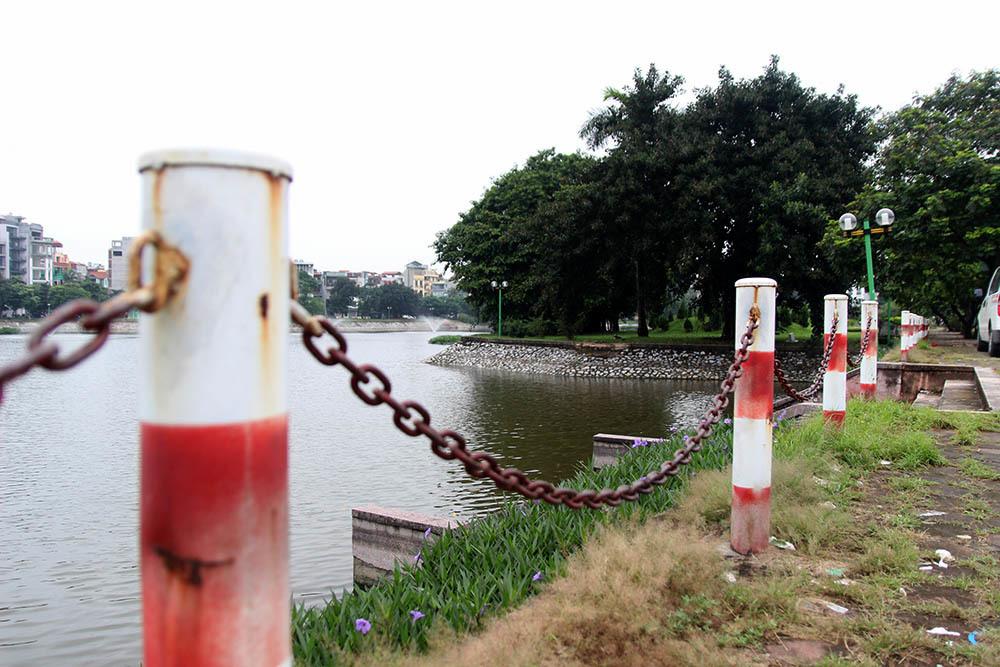 Công an phường vào cuộc, hồ Ba Mẫu sạch bóng kim tiêm