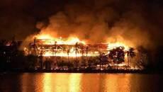 Khách sạn nổi tiếng nhất Myanmar cháy rụi