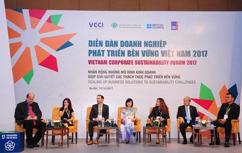 Trao quyền kinh tế cho phụ nữ: Những sáng kiến ấn tượng