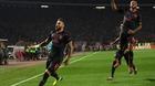 Giroud lập siêu phẩm, Arsenal thắng nhọc trên đất Serbia