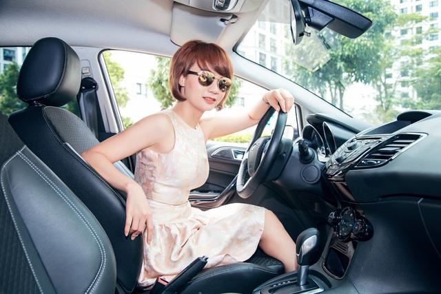 5 tiện ích thú vị nhất phụ nữ hay quên trên xe ô tô