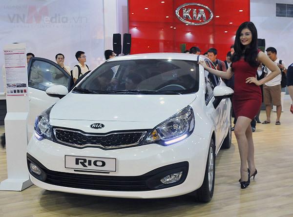 Bão giảm giá ô tô, chọn xe hơi nào dưới 500 triệu cho phái nữ?