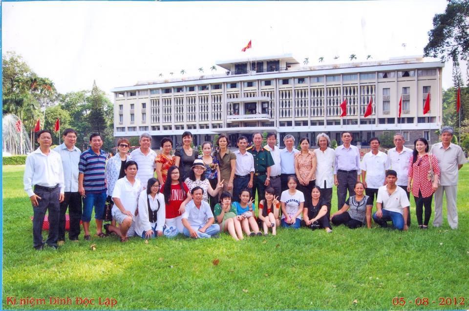 Cựu binh,Cựu sinh viên,Đại học Tổng hợp,Dinh Thống Nhất