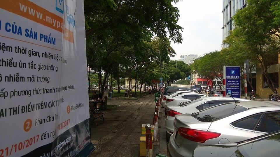 TP.HCM bắt đầu đặt chỗ đậu, thu phí ô tô qua điện thoại