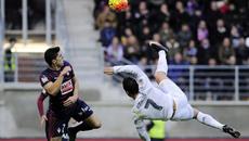 Real Madrid vs Eibar: Giải hạn cho Ronaldo