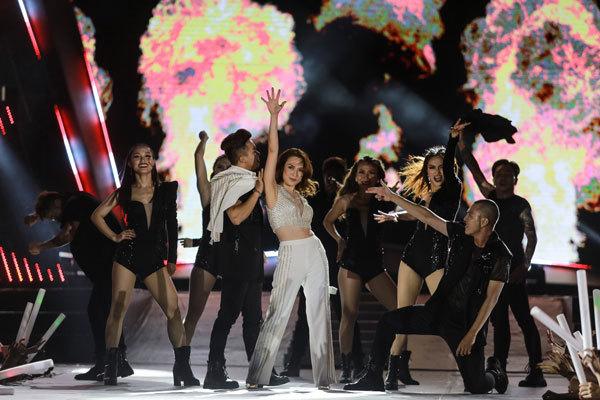 Mỹ Tâm lại khiến khán giả phát cuồng vì những bản hit