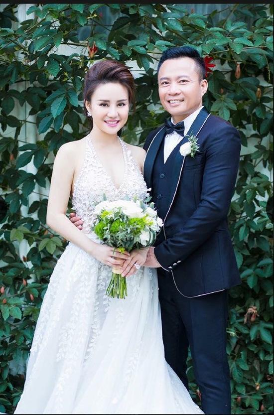Bị tố giật chồng, ca sỹ Vy Oanh nói gì?
