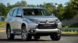 Loạt 4 mẫu ô tô đang được giảm giá 100-200 triệu đồng tại Việt Nam
