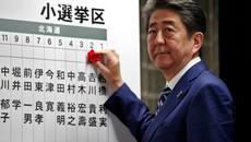 Thủ tướng Nhật Shinzo Abe giành chiến thắng áp đảo
