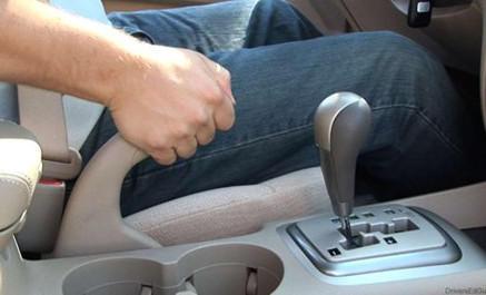 phanh xe, phanh ô tô, kỹ năng lái xe, bảo dưỡng ô tô