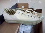 Hàng chục ngàn đôi giầy Converse bị hải quan Hải Phòng tạm giữ
