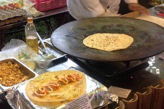 Món ăn đường phố kiểu Ấn Độ chỉ nhìn thôi đã thèm