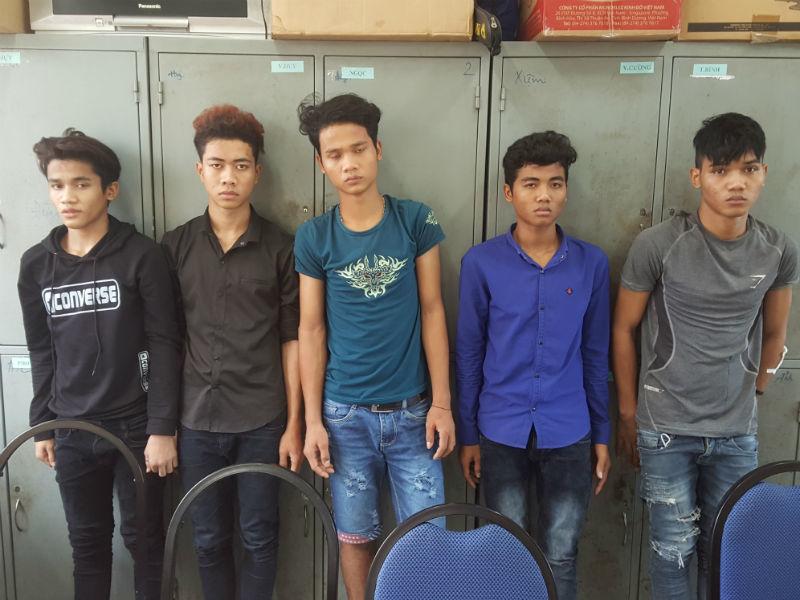 2 nhóm thiếu niên hỗn chiến, chết người vì một cô gái