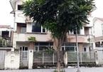 Cảnh khó tin trong khu biệt thự chục tỷ bỏ hoang giữa Thủ đô
