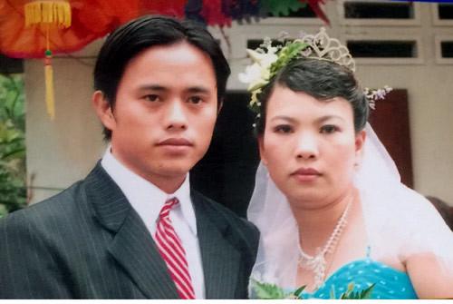 Vợ chồng Sài Gòn không sinh con, tận tâm nuôi 3 cháu tật nguyền
