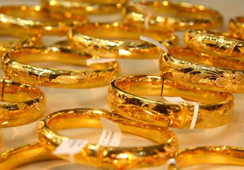Giá vàng hôm nay 25/10: Ẩn số khó lường, vàng chưa ngừng giảm