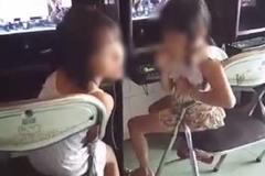 Bất bình chứng kiến bé gái ngồi chơi game và hút thuốc rất chuyên nghiệp trong quán net