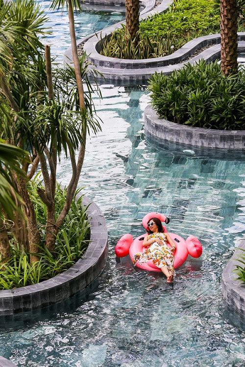 Hồ bơi phong cách resort 2,8 triệu USD tại Nam Sài Gòn