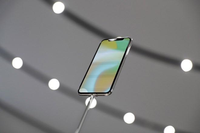 Apple hạ thấp chất lượng Face ID để đẩy nhanh sản xuất iPhone X