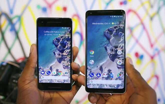 Google Pixel 2 XL gặp lỗi, Samsung 'mở cờ trong bụng'