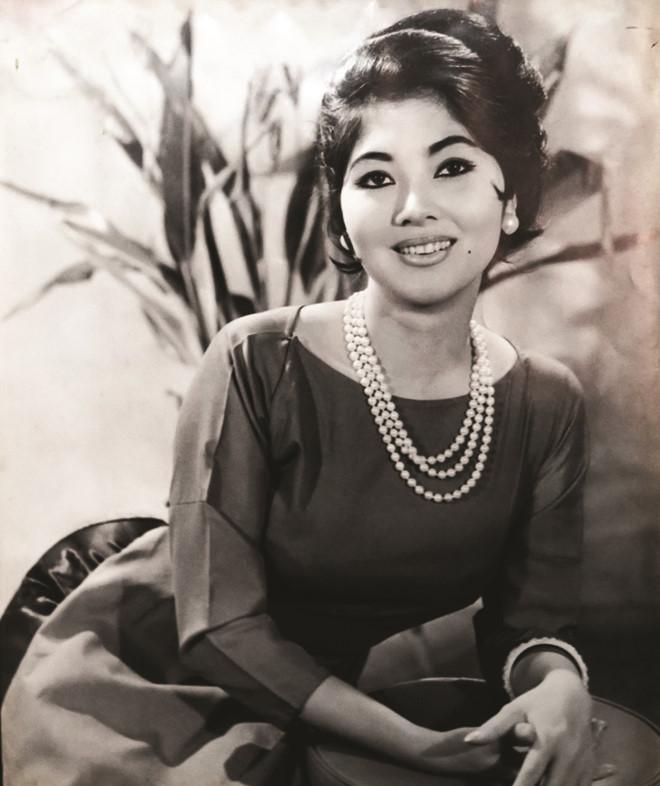 Sài Gòn xưa,Giai nhân xưa,Thẩm Thúy Hằng,Mộng Tuyền,Thanh Nga