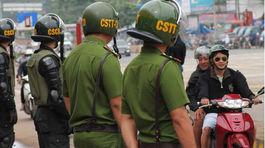 100 cảnh sát giữ an ninh trong ngày BOT Biên Hòa thu phí trở lại