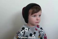 Phản ứng cực yêu của cậu bé khi mẹ nói ăn hết kẹo trong ngày Halloween