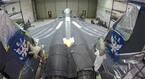 Xem lính Mỹ sơn chiến cơ Đại bàng Tấn công F-15E