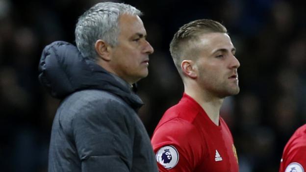 MU đón Pogba trở lại đấu Chelsea, Mourinho 'chiến tranh lạnh'