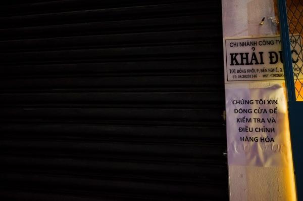 Khaisilk đồng loạt đóng cửa hàng: Không hẹn ngày tái xuất