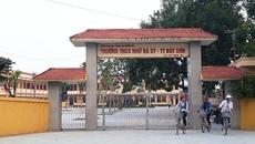 Chủ tịch huyện sẵn sàng chịu trách nhiệm việc 7 giáo viên bị luân chuyển