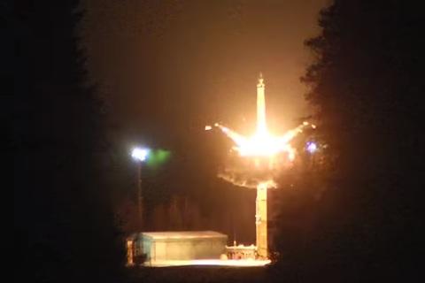 Nga phóng tên lửa đạn đạo