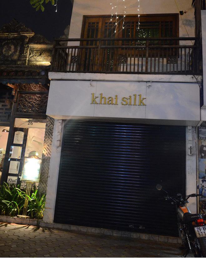 Người đầu tiên phanh phui cửa hàng Khaisilk bán lụa Trung Quốc: 'Tôi rất sốc và bất bình'