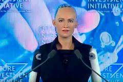 Người máy xinh đẹp trở thành công dân của Ảrập Xêút