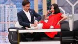 Mặc Hari Won, Trấn Thành công khai bóp chân cho tình cũ Mai Hồ trên sân khấu