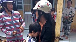 Gần 500 học sinh tiểu học nghi bị ngộ độc sau khi uống sữa