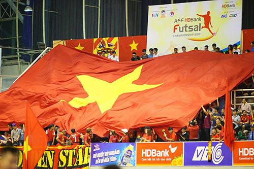 Tuyển Việt Nam phá kỷ lục ở trận ra quân