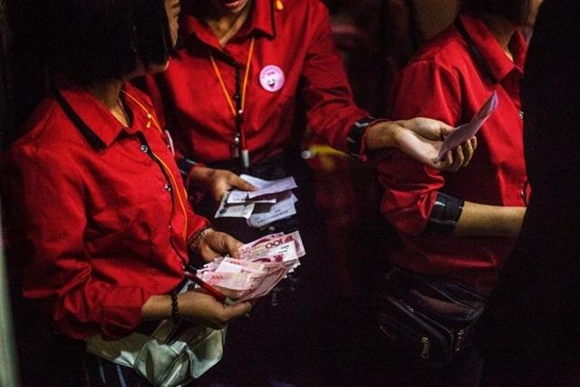 Mại dâm ngầm trong những câu lạc bộ ở Trung Quốc