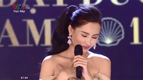 Thí sinh trả lời ngây ngô, vật vã ứng xử tiếng Anh ở Chung kết Hoa hậu Đại dương