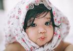 Bộ ảnh của bé gái 7 tháng tuổi giống Cadie Mộc Trà khiến các bà mẹ phát cuồng
