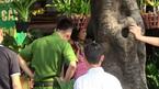 Hà Nội: Một phụ nữ bị khống chế bằng súng, bắt làm con tin