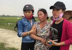 Vợ khóc ngất phát hiện thi thể chồng trong nghĩa địa