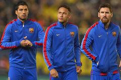 MU 'đánh úp' Jadon Sancho, Barca chuộc lại Neymar