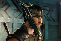 Doanh thu không tưởng của 'Thor 3'
