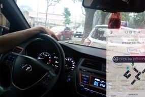 Bộ Công Thương lại muốn Uber, Grab thành doanh nghiệp vận tải