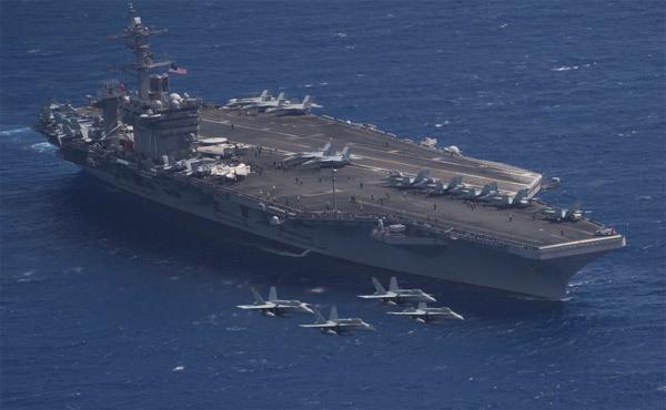 Vũ khí khủng trên siêu tàu sân bay Mỹ ở Thái Bình Dương