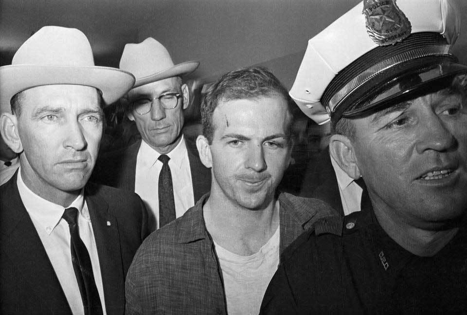 Ai là hung thủ thực sự ám sát Tổng thống Kennedy?