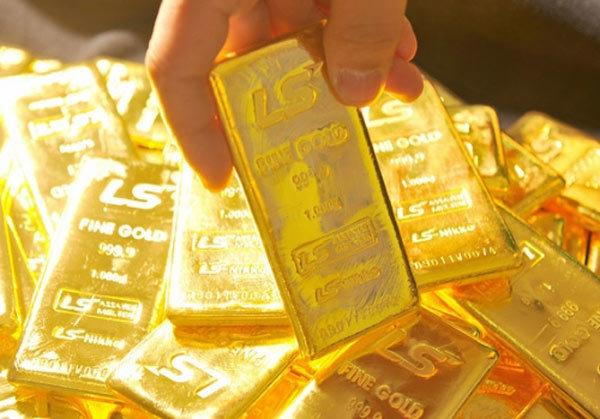 Giá vàng hôm nay 31/10: Sức ép bất ngờ, vàng giảm sâu